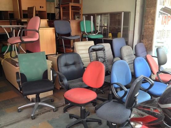 Thanh lý bàn ghế văn phòng tại Thanh Xuân với nhiều mẫu mã đẹp 4