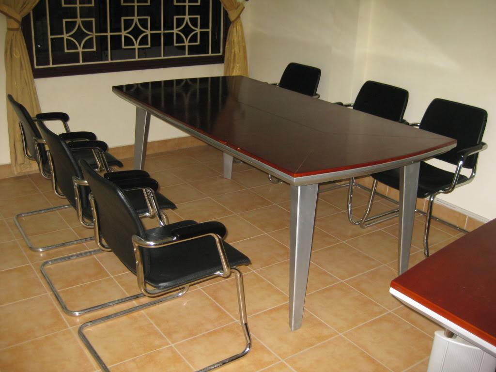thanh lý bàn ghế giá rẻ tại nội thất Duy Phát
