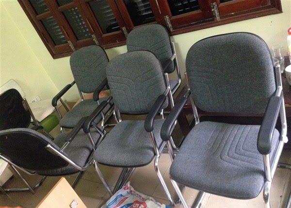Mua thanh lý bàn ghế nhân viên văn phòng giá rẻ tại Duy Phát 2