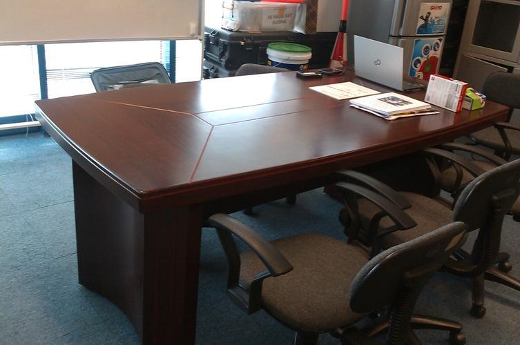 thanh lý bàn ghế văn phòng