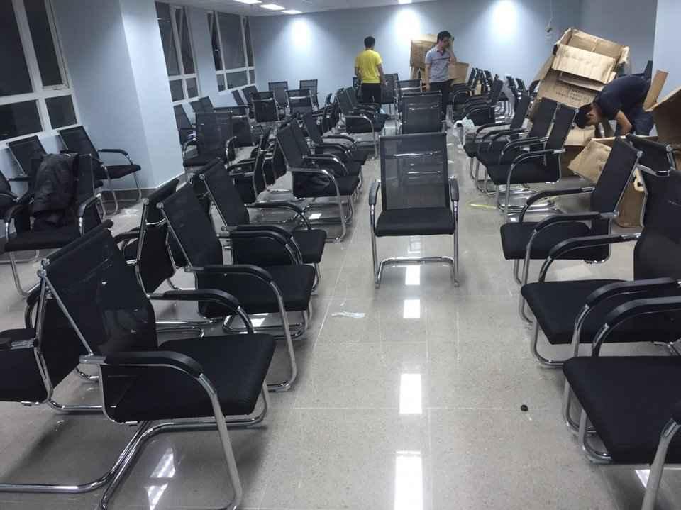 Thanh lý bàn ghế văn phòng cũ đã qua sử dụng nhưng nhìn như mới