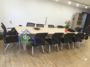 Thanh lý bàn họp vân sồi cho văn phòng