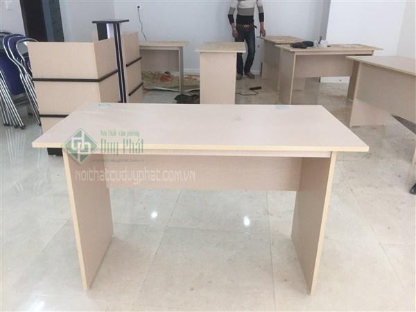Thanh lý bàn ghế văn phòng cũ tại Hà Nội giá siêu rẻ chất lượng tốt 3