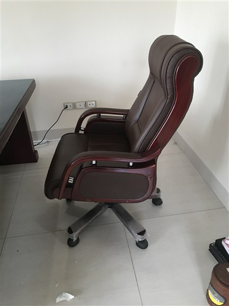 ghế xoay văn phòng đệm tựa lưng