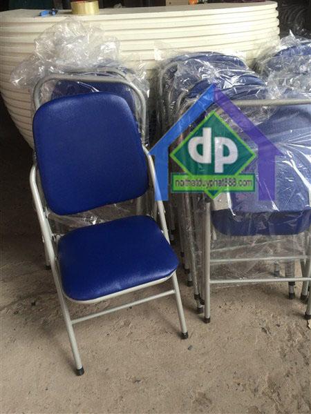 Thanh lý ghế gấp trường phát chân sơn lưng cao mới 100% 1