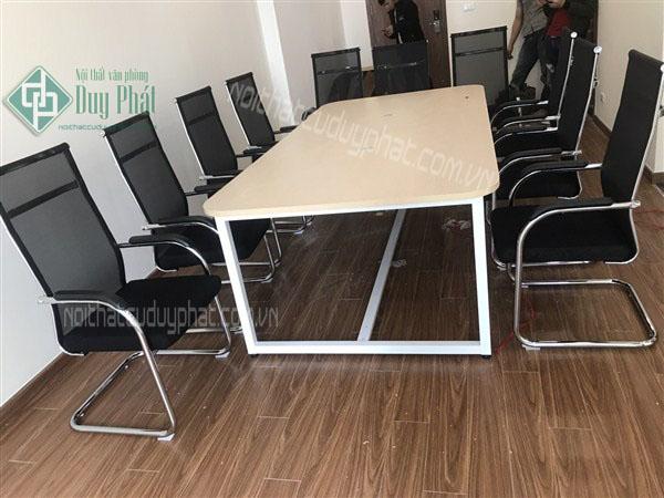 Thanh lý bàn ghế văn phòng cũ tại Hà Nội giá siêu rẻ chất lượng tốt 1