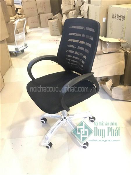 Nắm vững tiêu chuẩn bàn ghế văn phòng để mua được hàng tốt 1
