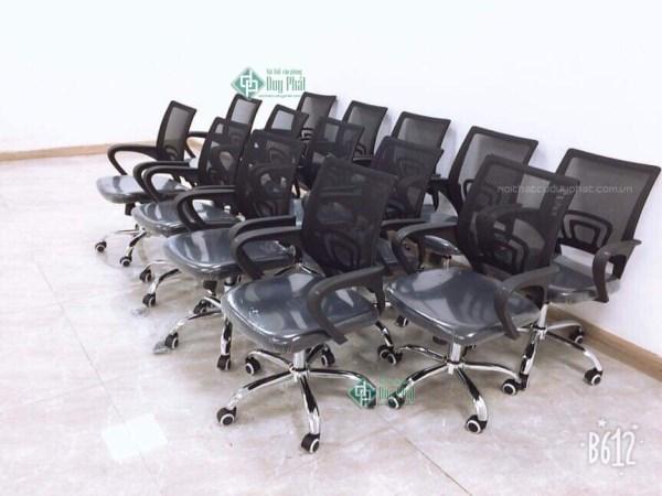 Setup ghế xoay văn phòng