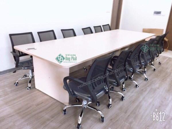 Thanh lý bàn ghế văn phòng Việt Trì giá cực kì ưu đãi