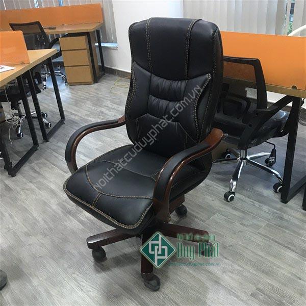 Hướng dẫn sử dụng ghế xoay đúng cách giúp tăng tuổi thọ chủa ghế