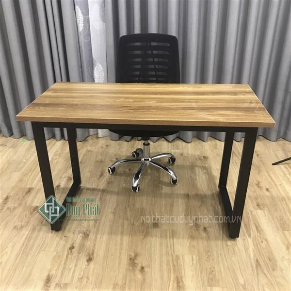 Mẫu bàn làm việc hiện đại