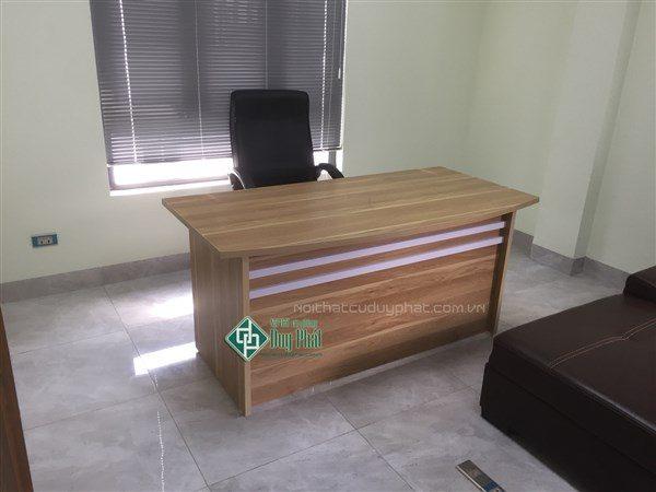 thanh lý bàn giám đốc 80x1m6 không hộc màu ngọc lan mới 100% (BGD1300)