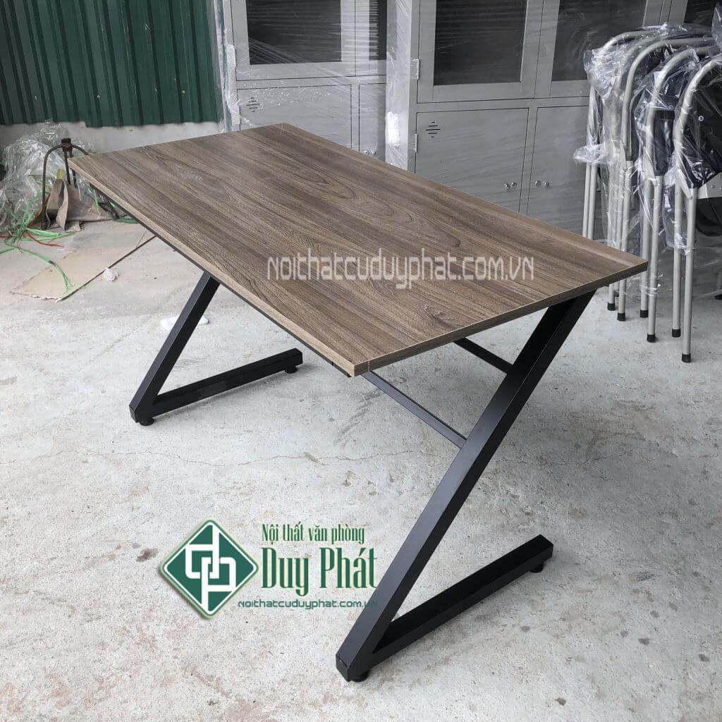 Tổng hợp 10 mẫu bàn làm việc Đẹp Nhất năm 2019 - 1