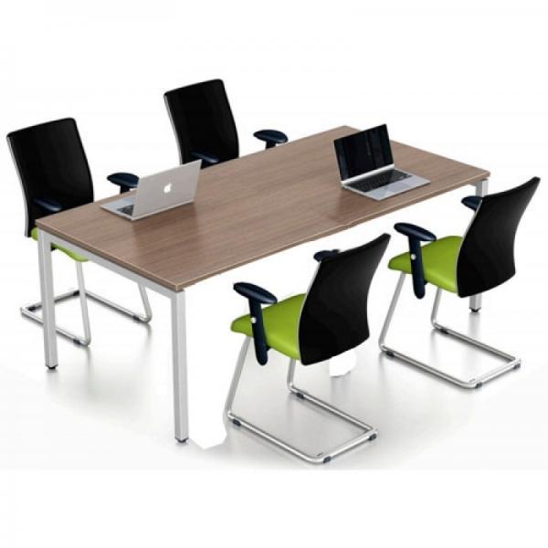 Các mẫu bàn làm việc 4 người ngồi đẹp cho văn phòng